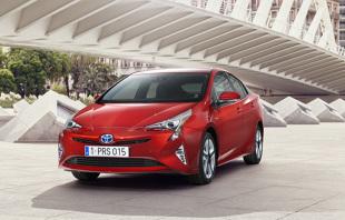 Używana Toyota Prius IV (od 2015 r. ). Wady, zalety, sytuacja rynkowa