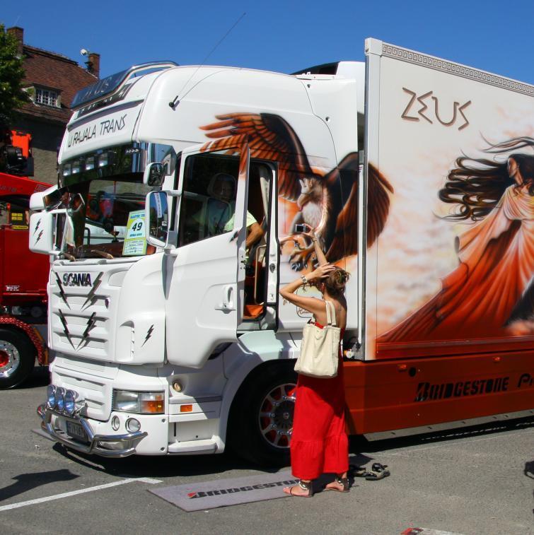 Master Truck 2011 - zjazd tunigowanych ciężarówek pod Opolem