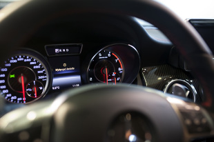 Sprzedaż aut. Jakie nowe samochody kupują Polacy?
