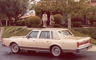 Lincoln Town Car I (1981 - 1993) Sedan