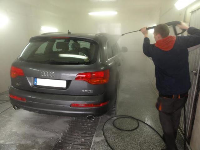 Zimowa kosmetyka samochodu