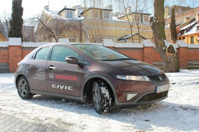 Testujemy: Honda Civic VIII - nadciąga UFO