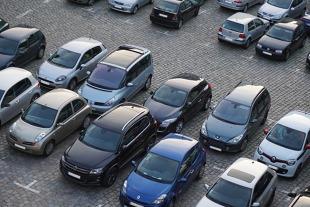 Zakup samochodu. Rząd szykuje dopłaty. Kto i ile dostanie?