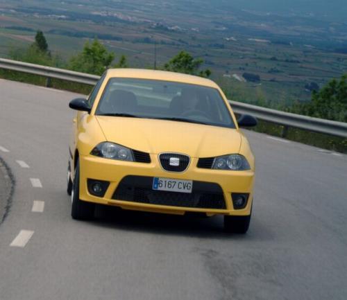 Fot. Seat: Najbardziej widoczny po zapadnięciu zmroku jest kolor żółty.