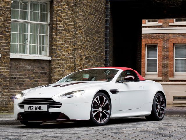 zdjęcie Aston Martin V12 Vantage Roadster