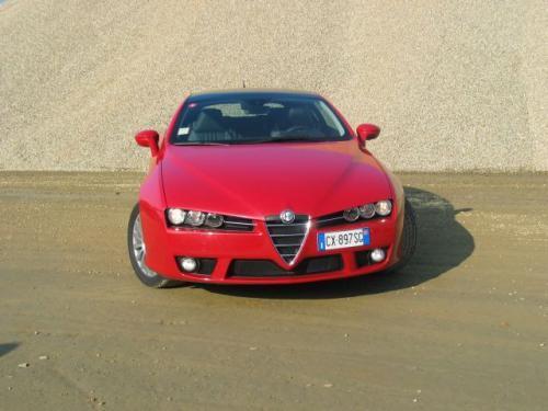 Fot. Alfa Romeo: W przedniej części nadwozia Brera przypomina model 159