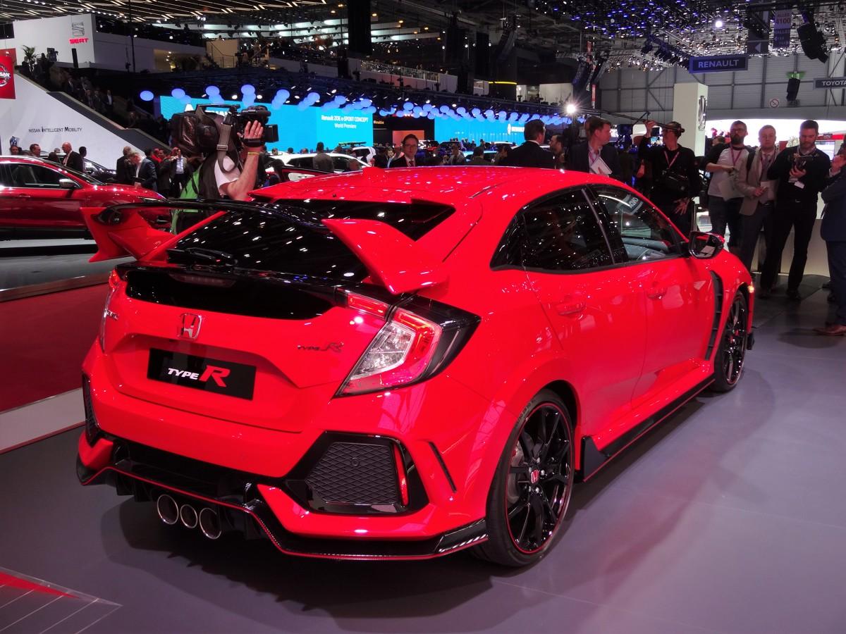 Honda civic type r 320 km na przedniej osi nowa honda for How much does a honda civic cost