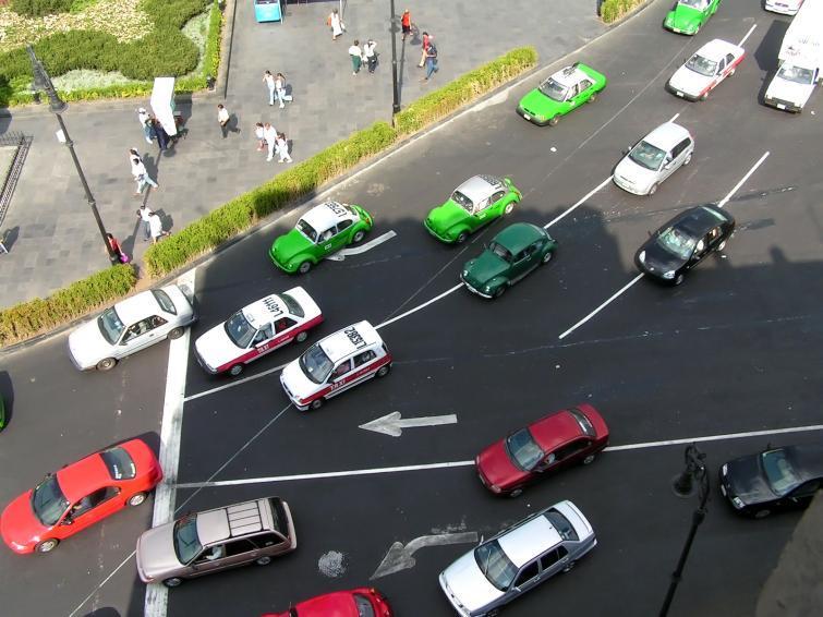Eco-driving i jazda defensywna – włącz myślenie na drodze