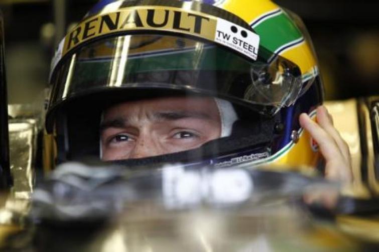 Bruno Senna w Lotus Renault GP na dwa wyścigi