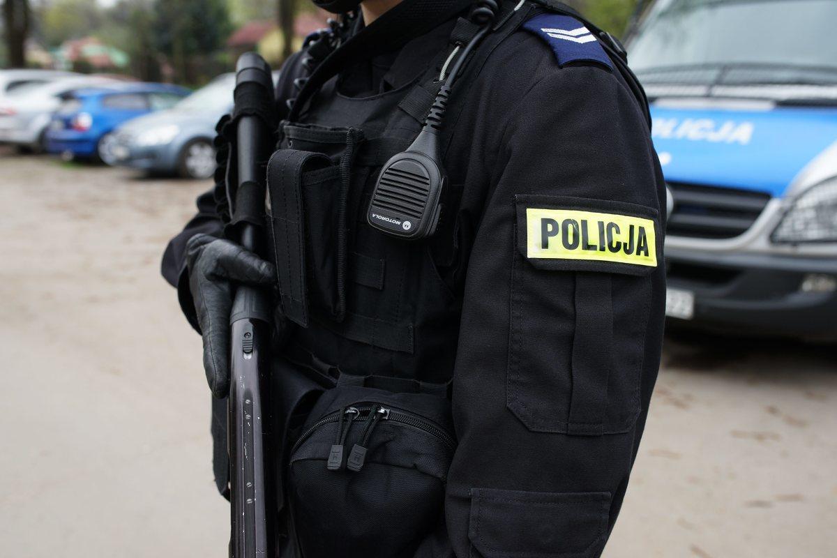 Wymiana umundurowania będzie odbywała się sukcesywnie. Funkcjonariusze będą mogli używać dwóch rodzajów mundurów do końca 2021 roku.  Fot. MICHAŁ GACIARZ