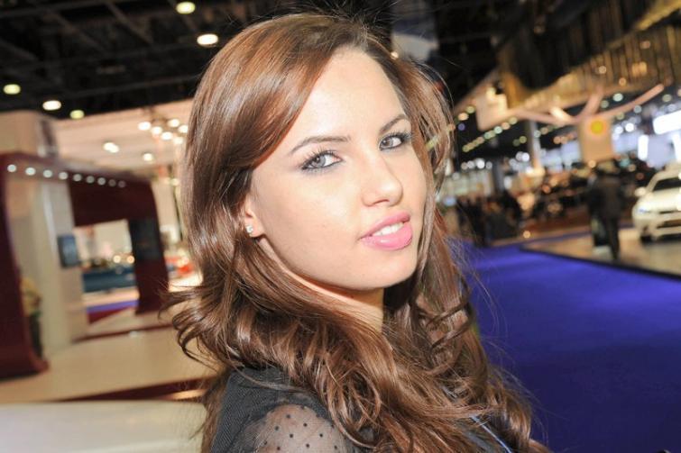 Piękne kobiety z salonu Katar 2012 - zobacz zdjęcia dziewczyn