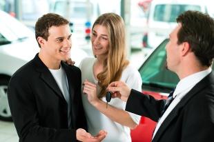 Zakup auta. Czym różni się zaliczka od zadatku?