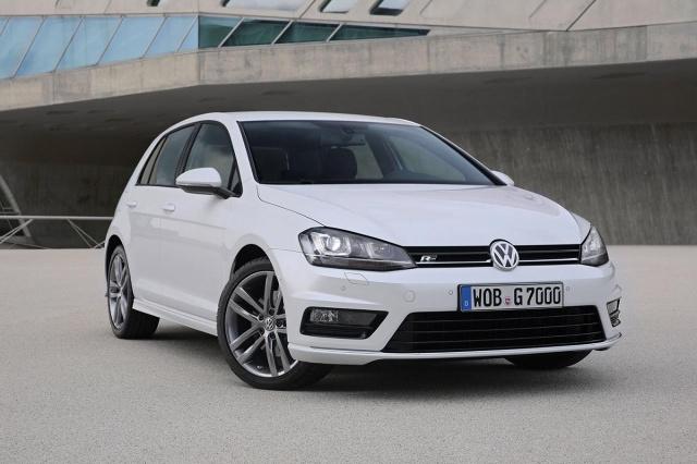 zdjęcie Volkswagen Golf R-Line