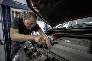 Awaria silnika benzynowego. 5 objawów kosztownych napraw
