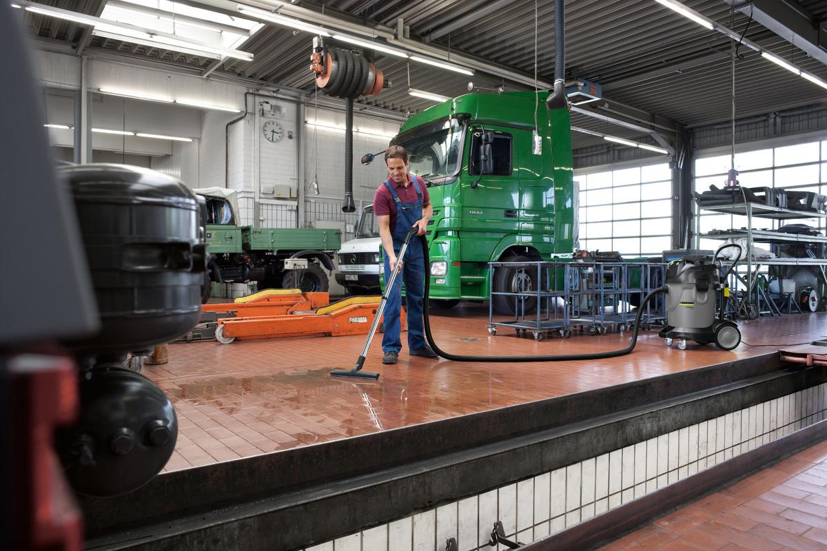 czyszczenie powierzchni w warsztatach samochodowych