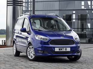 Ford Tourneo Courier (2013 - teraz)