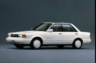 Nissan Sunny B12 (1986 - 1991) Sedan