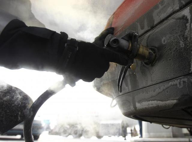 Wysokie ceny paliw - na dieslu nie oszczędzisz, ale na gazie tak