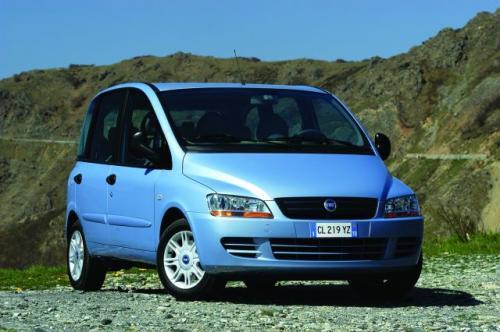 Fot. Fiat: Nowy Fiat Multipla ma typowe nadwozie o długości 4 m.