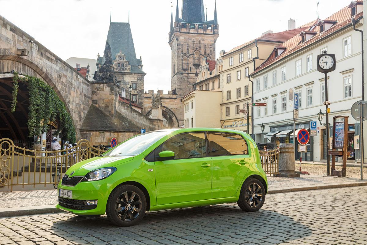Trojaczki grupy Volkswagena są w sprzedaży od ośmiu lat. Przez ten czas na dobre wtopiły się w krajobraz polskich dróg. W Motofaktach radzimy na co zwracać uwagę przy zakupie egzemplarza używanego i które wersje są godne polecenia.  Fot. Archiwum