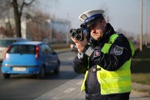 Przekroczenie prędkości. Jaka kara za jazdę 230 km/h autostradą?