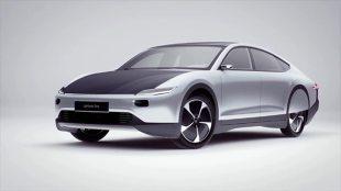 Solarny samochód elektryczny. W auto wbudowano 5 metrów kwadratowych ogniw słonecznych (video)