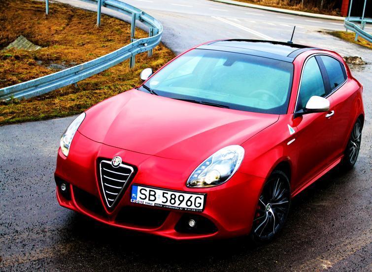 Testujemy: Alfa Romeo Giulietta Quadrifoglio Verde – prawie jak Ferrari