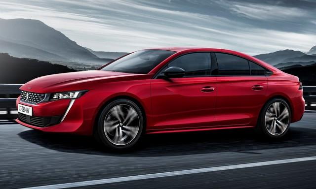 Peugeot 508   Benzynowy silnik 1.6 THP oferuje 180 KM, w odmianie GT 225 KM. Wśród motorów wysokoprężnych oferowana ma być jednostka 1.5 BlueHDi o mocy 130 KM oraz większa 2.0 BlueHDi o mocach 160 lub 180 KM.  Fot. Peugeot