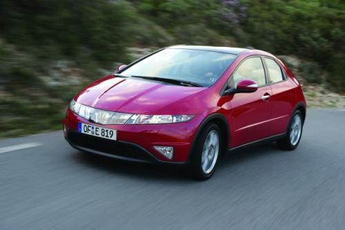 Fot. Honda: Honda Civic wyróżnia się kształtami nadwozia. To, czy samochód podoba się, jest kwestią gustu.