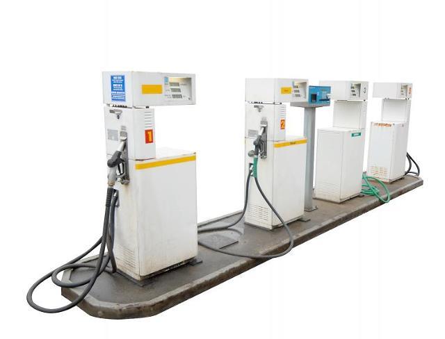 Ceny paliw: podwyżki zatrzymane. Pytanie, na jak długo