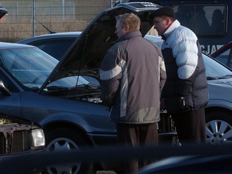 Giełda samochodowa w Bydgoszczy - ceny z 6 listopada