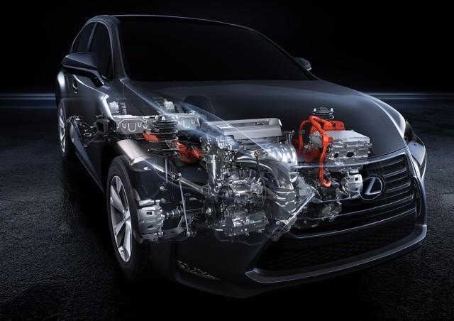 Zupełnie nowe możliwości otworzyło przed konstruktorami wprowadzenie hybrydowego napędu spalinowo-elektrycznego – zastosowanie do napędzania jednej z osi dodatkowego silnika elektrycznego pozwala zrezygnować ze skrzyni rozdzielczej, centralnego mechanizmu różnicowego i wału napędowego / Fot. Lexus