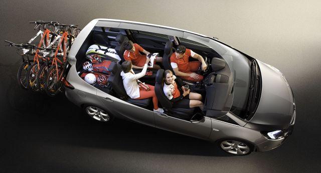 zdjęcie Opel Zafira Tourer