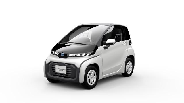 Obok nowego ultrakompaktowego BEV Toyota zaprezentuje na targach w Tokio jeszcze pięć innych małych pojazdów elektrycznych.  Fot. Toyota