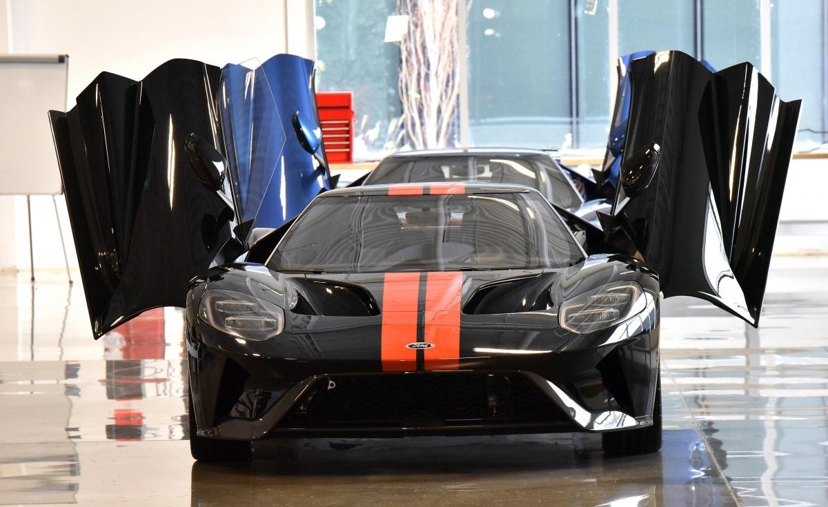 Ford GT   Nowego Forda GT napędza podwójnie doładowany silnik 3.5 V6 EcoBoost o mocy 600 KM.   Fot. Ford