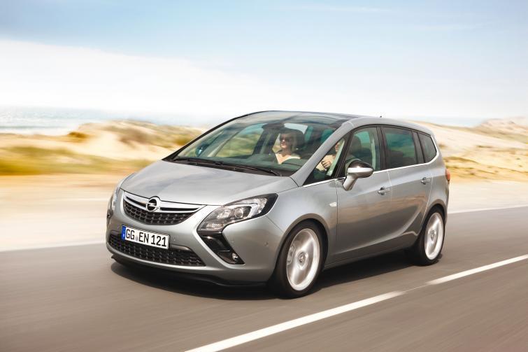 Opel Zafira Tourer - zobacz zdjęcia nowego modelu