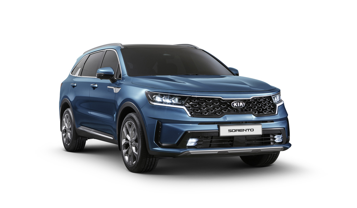 Kia Sorento   Na dwa tygodnie przed oficjalnym debiutem nowego Sorento podczas Salonu Samochodowego w Genewie, Kia Motors publikuje pierwsze zdjęcia dużego SUV-a czwartej generacji.  Fot. Kia