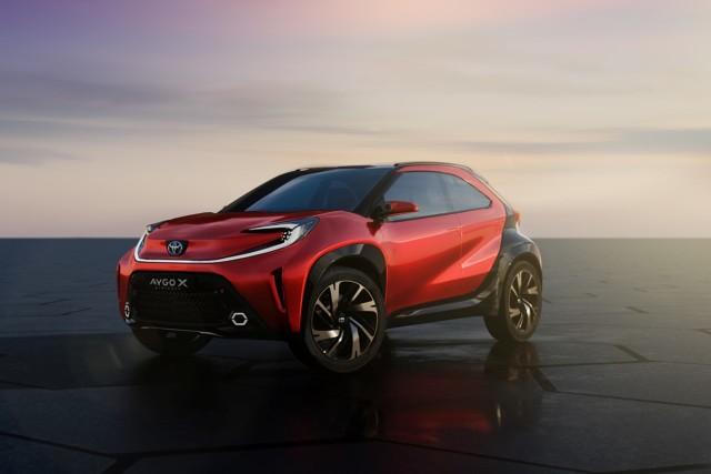 Toyota Aygo X prologue  AYGO X prologue udowadnia, że mały samochód może mieć charakter. Projekt ten tworzy nową wizję segmentu A, jeszcze bardziej śmiałą i pikantną niż do tej pory  Fot. Toyota