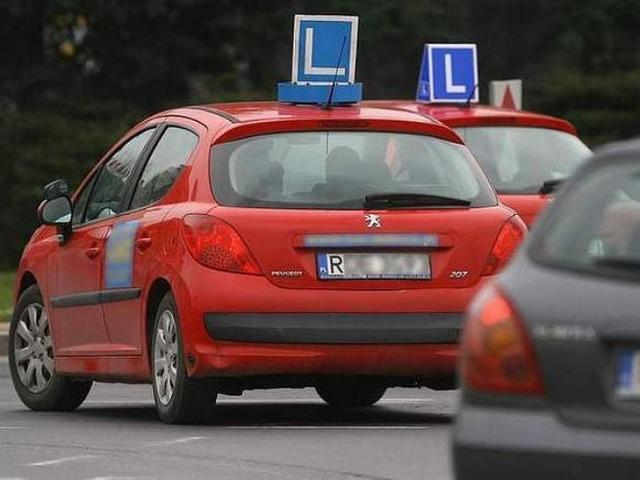Niech kursant zdecyduje, jakim autem chce zdawać na prawo jazdy
