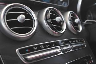 Jak często powinno się serwisować klimatyzację w samochodzie?