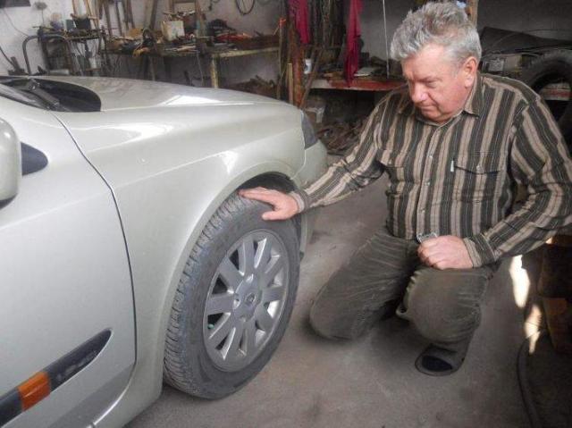 Uszkodził na drodze samochód. Walczy o odszkodowanie od miesięcy