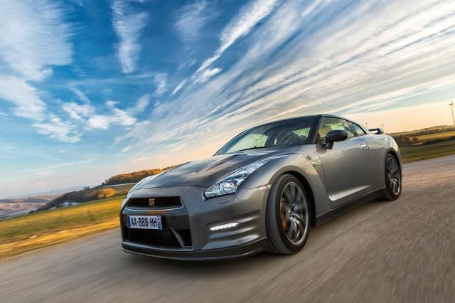 zdjęcie Nissan GT-R Gentleman Edition