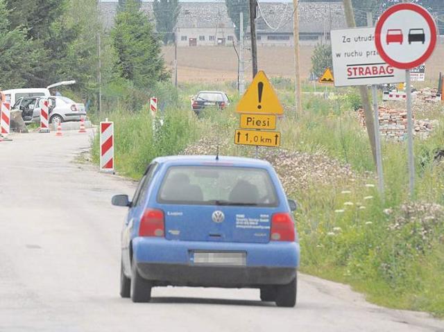 Problemy z remontem drogi wojewódzkiej 205