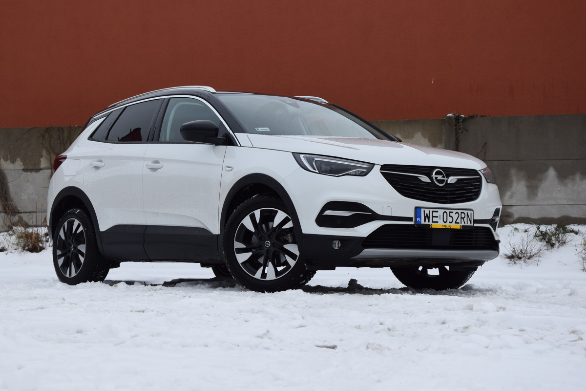 opel grandland x 1 2 turbo 130 km test francuskiego. Black Bedroom Furniture Sets. Home Design Ideas