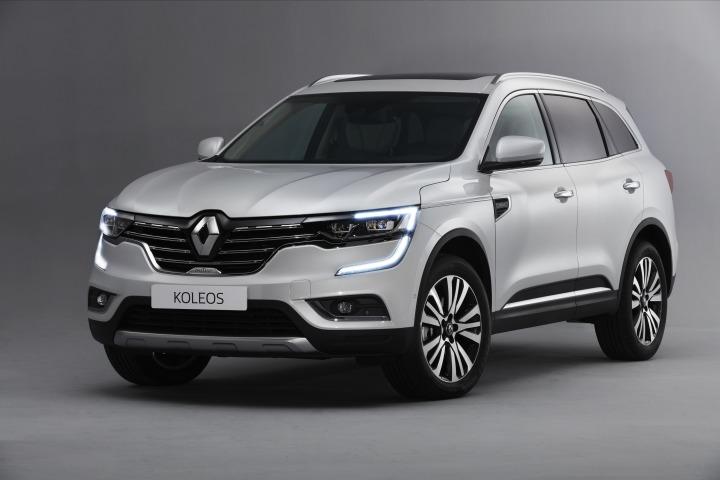 Renault Koleos  W gamie silników przewidziano trzy jednostki: Energy dCi 130 4x2 z mechaniczną 6-stopniową skrzynią biegów, Energy dCi 175 4x4 z mechaniczną 6-stopniową skrzynią biegów, oraz Energy dCi 175 4x4 ze skrzynią biegów X-Tronic.  Fot. Renault