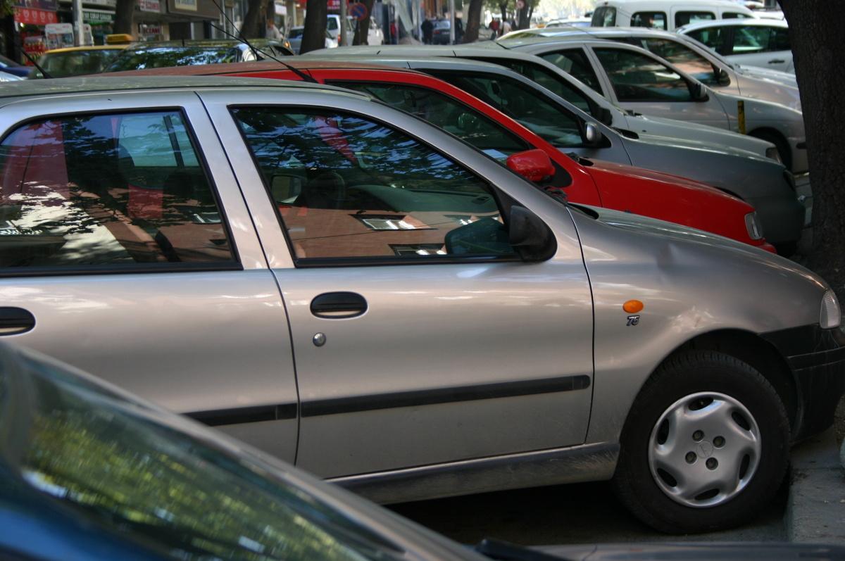 Auta używane w Polsce. Diesel wciąż wygrywa z silnikami benzynowymi.  Fot. Archiwum