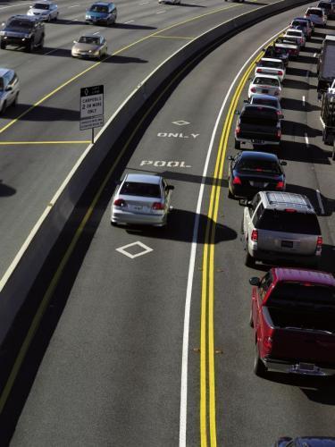 Fot. Honda: Chcesz uniknąć korków? Kup auto z ekologicznym napędem! W USA samochody takie mogą poruszać się oddzielnymi pasami.