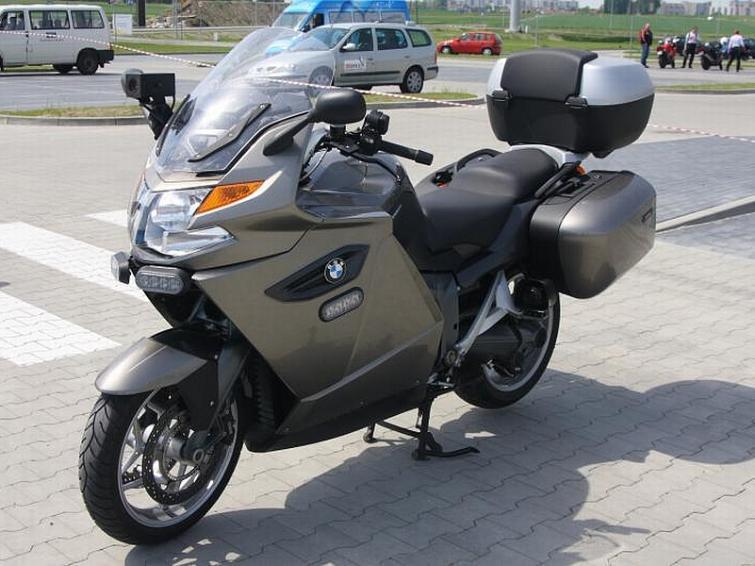 BMW K1300GT - nowy motocykl w walce z piratami drogowymi