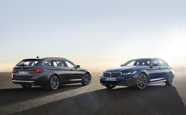 BMW Serii 5   Technologia mild hybrid z 48 woltowym alternatorem odwracalnym będzie teraz stosowana we wszystkich modelach z silnikami cztero i sześciocylindrowymi. To tylko jedna z nowości.   Fot. BMW