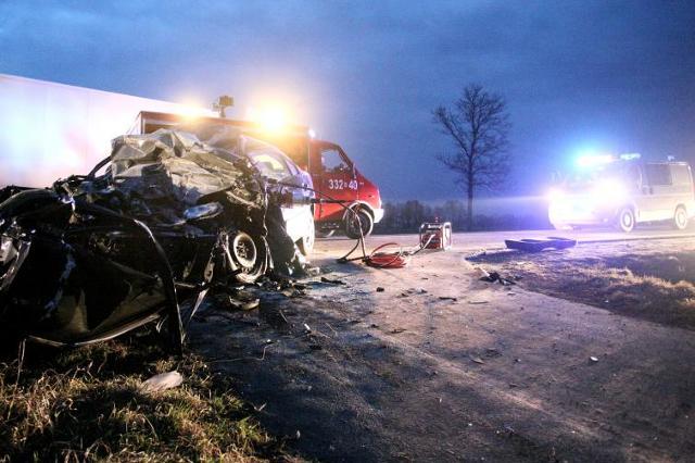 """Kierowcy jeżdżą po pijanemu """"bo muszą"""". Zabijają setki osób"""
